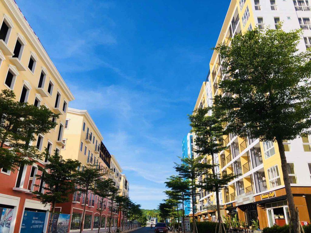 nhà phố liền kế thực tế tại sun grand city