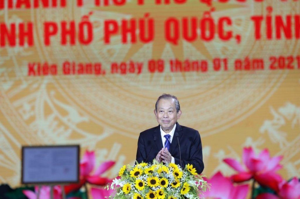 Phó Thủ tướng Thường trực Chính phủ Trương Hòa Bình phát biểu tại sự kiện.
